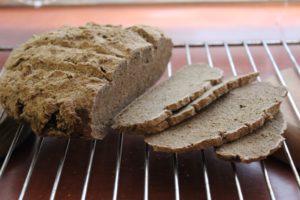 Gluténmentes kenyér sütőben sütve
